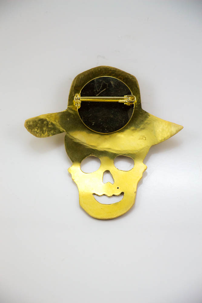 broche mistyk, vue de dos, collection les jolly rogers