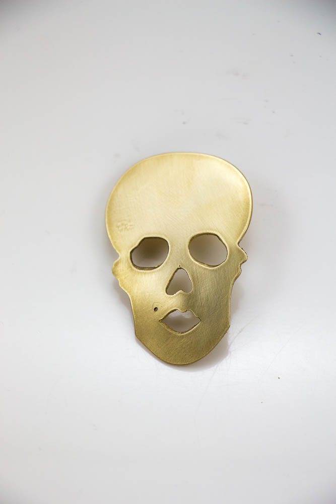 broche skully, vue de face, collection les jolly rogers